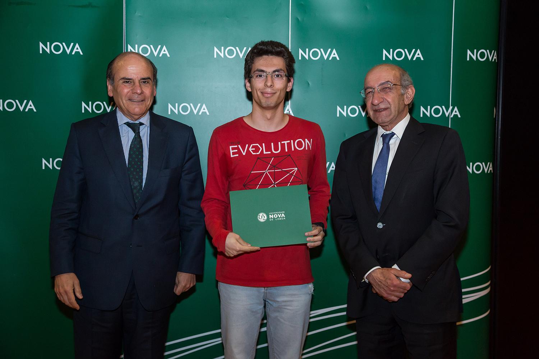 Reitor da NOVA, Diogo Costa - estudante de Química Aplicada, e Diretor da Faculdade de Ciências e Tecnologia da NOVA
