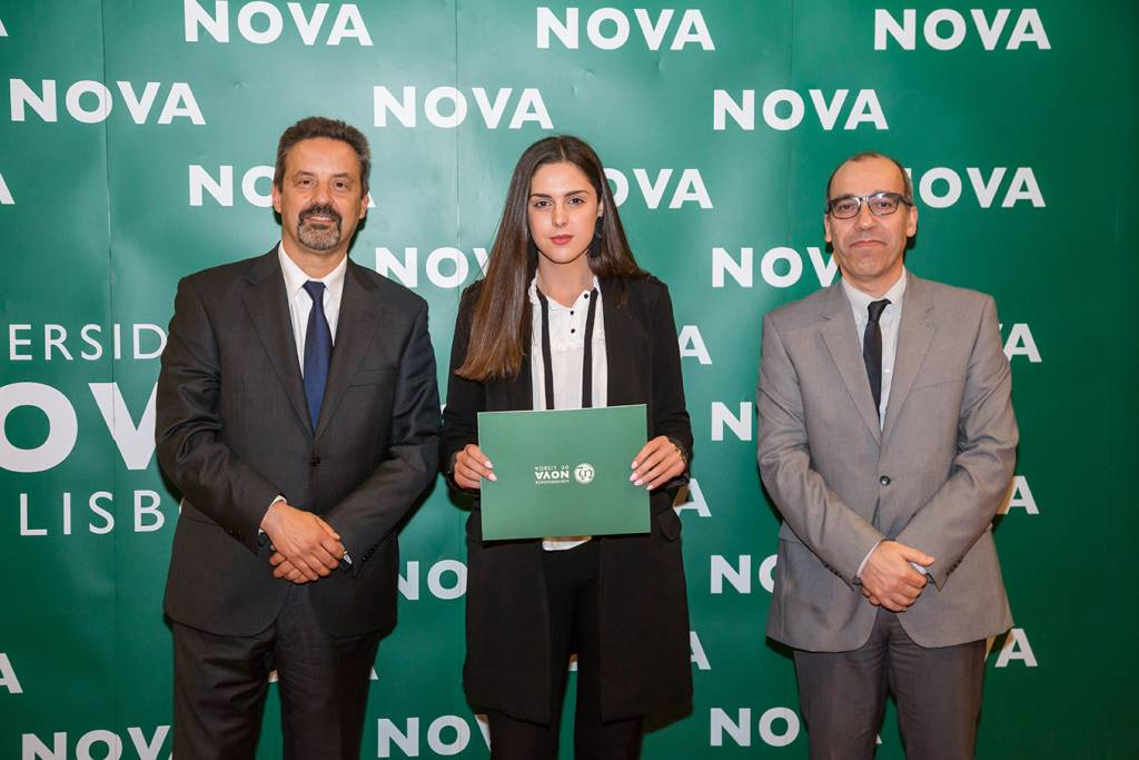 Rector of NOVA; Ana Sofia Silva (best student of Sociology, evening schedule) and Dean of NOVA FCSH