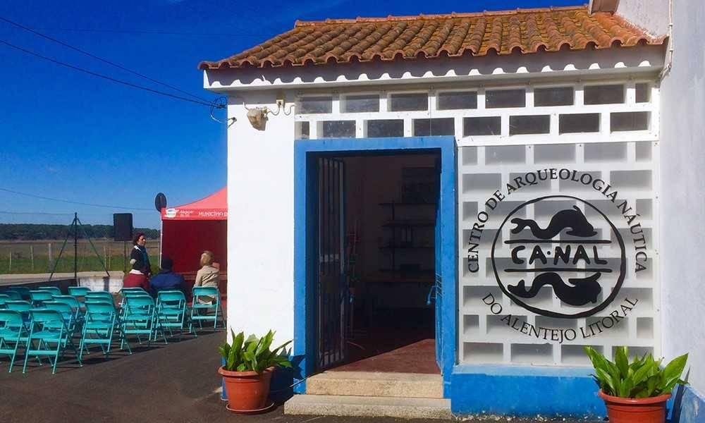 Centro de Arqueologia Náutica do Alentejo Litoral (Nautical Archaeology Center)
