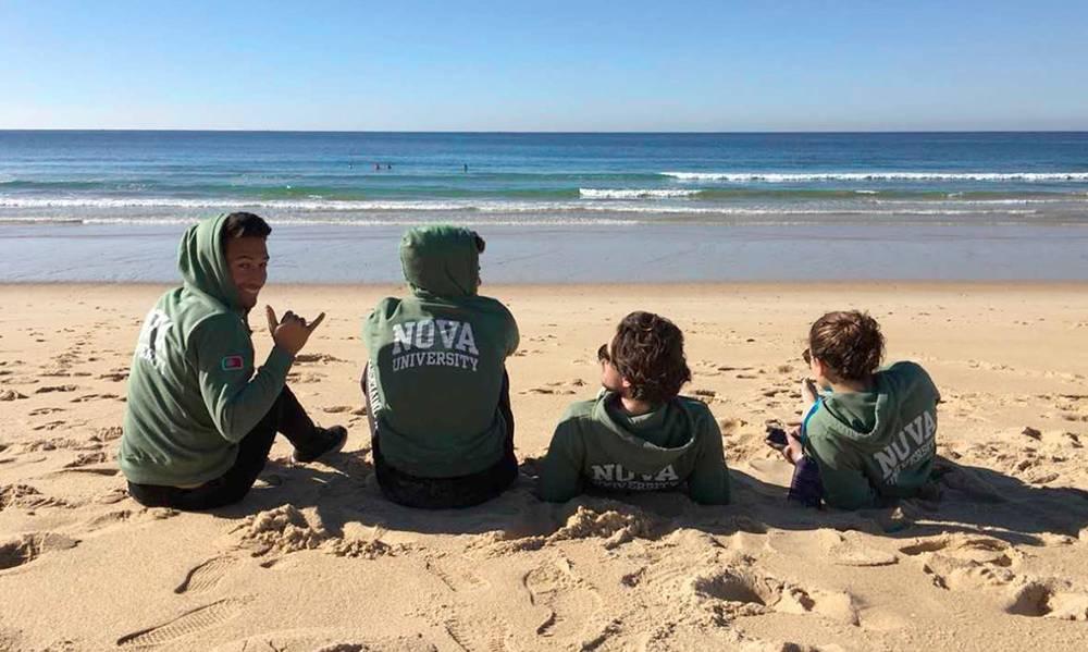 Atletas da NOVA no Campeonato Nacional Universitário de Surf em Faro