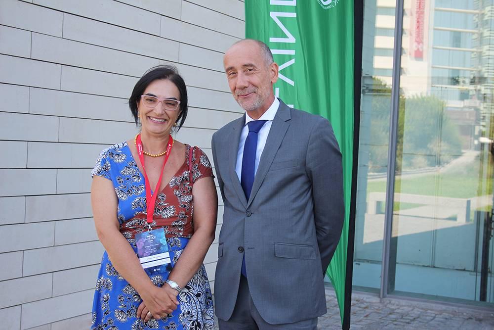 Professora Elvira Fortunato, Vice-Reitora da NOVA, e Dr. Jean-Eric Paquet