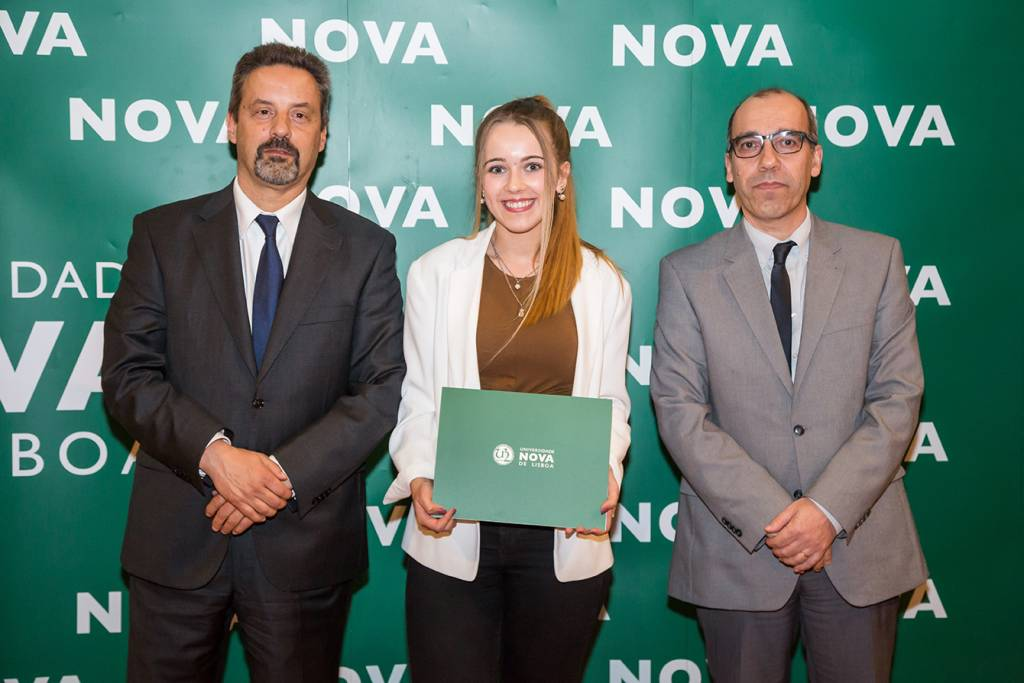 Rector of NOVA; Patrícia Ribeiro (best student of Translation) and Dean of NOVA FCSH