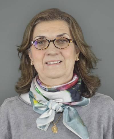 Fotografia de Patrícia Rosado Pinto, Pró-Reitora, coordena a Escola Doutoral e o Gabinete de Desenvolvimento Profissional dos Docentes