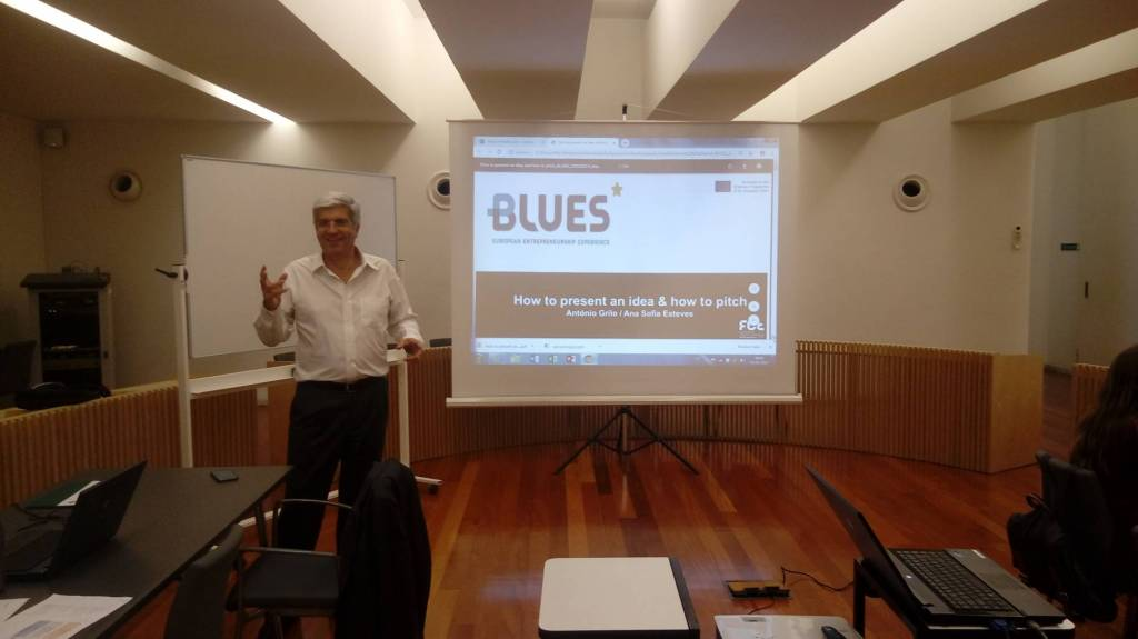 Session during the 1st edition of BLUES