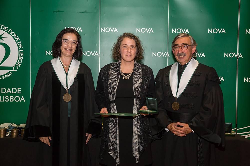 Prof.ª Elvira Fortunato, Doutora Cláudia Nunes dos Santos e Prof. José Fragata