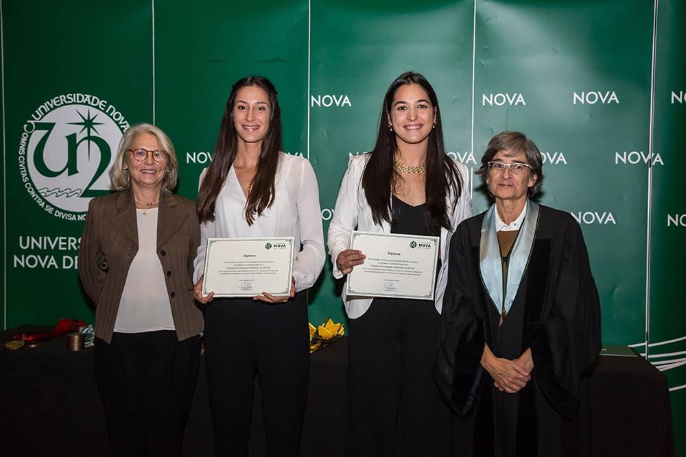 Dr.ª Teresa Lemos, Beatriz do Carmo, Ana Rita Ribau e Prof.ª Maria da Graça Martinho