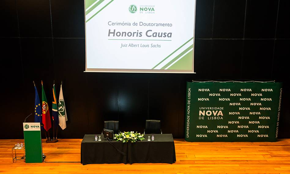 Honoris Causa Doctorate of Judge Albert Louis Sachs