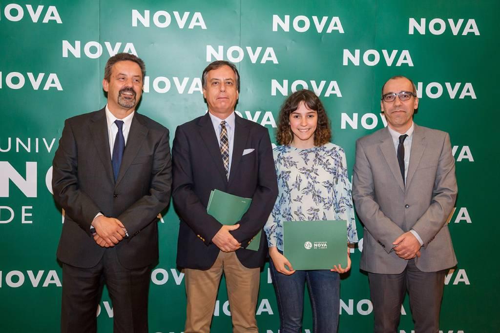 Rector of NOVA; Rui Gonçalves (Dean of Escola Stuart Carvalhais); Ana Beatriz Redondo (best student of History of Art) and Francisco Caramelo, Dean of NOVA FCSH