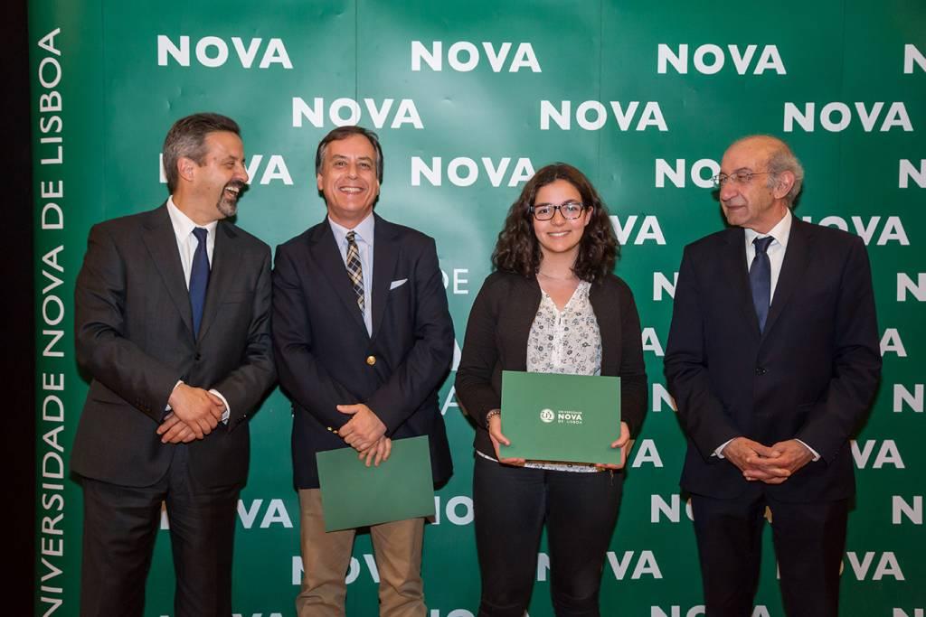 Rector of NOVA; Rui Gonçalves (Dean of Escola Secundária Stuart Carvalhais); Beatriz Salvador (best student of Mathematics) and Dean of FCT NOVA