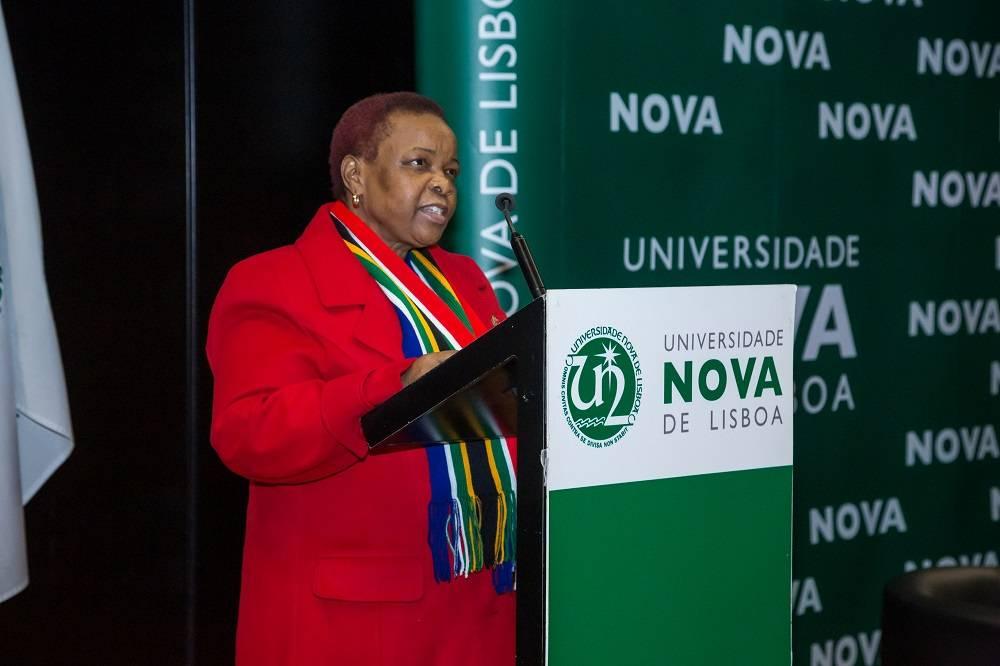 Embaixadora da África do Sul em Portugal, Mmamokwena Gaoretelelwe