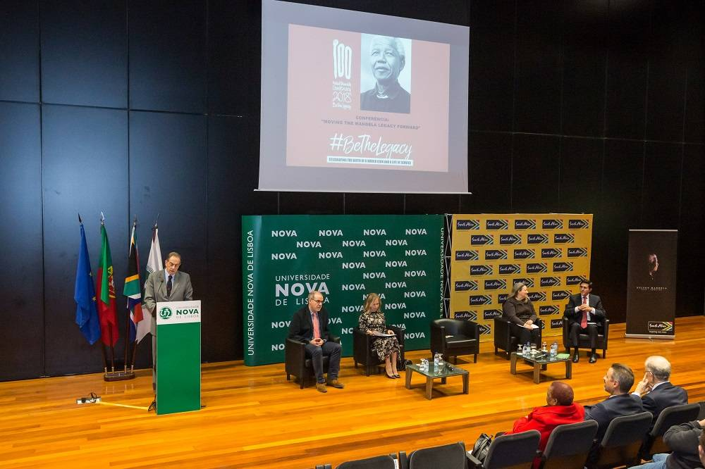 "Conferência ""Moving the Mandela Legacy Forward"""