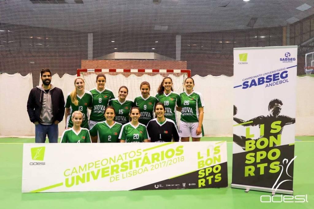 Equipa de andebol feminina da NOVA na final do Campeonato Universitário de Lisboa