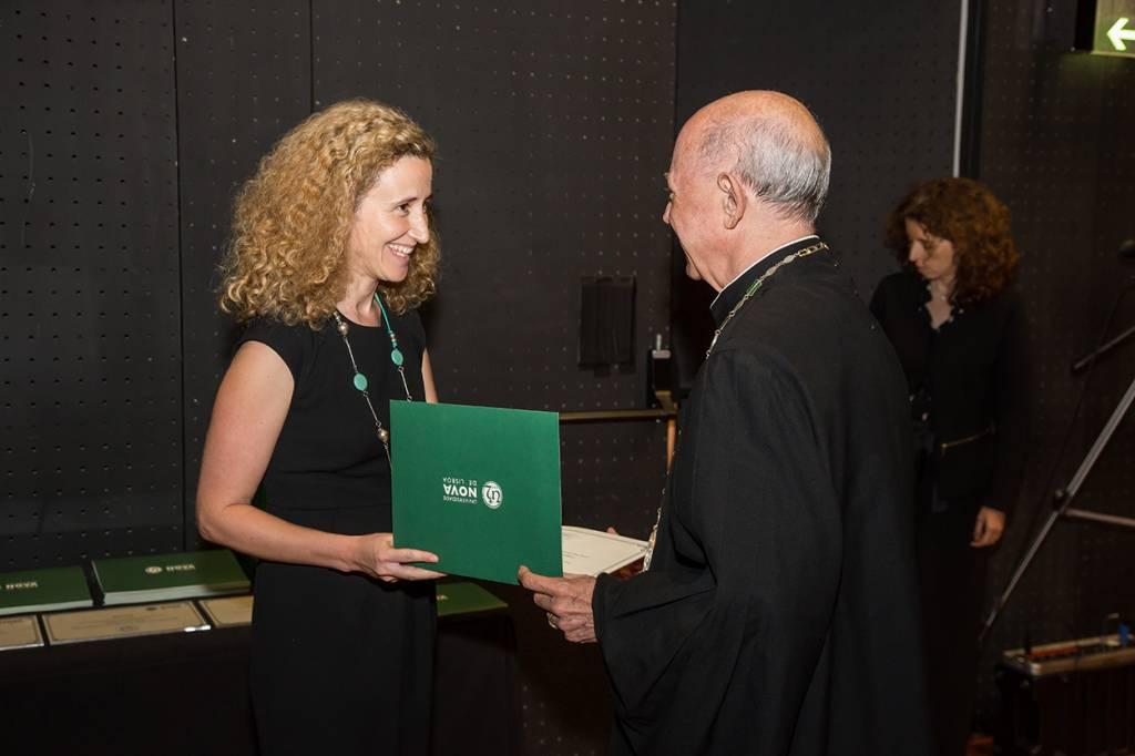 Catarina Homem, vencedora de uma bolsa ERC, e Eduardo de Arantes e Oliveira