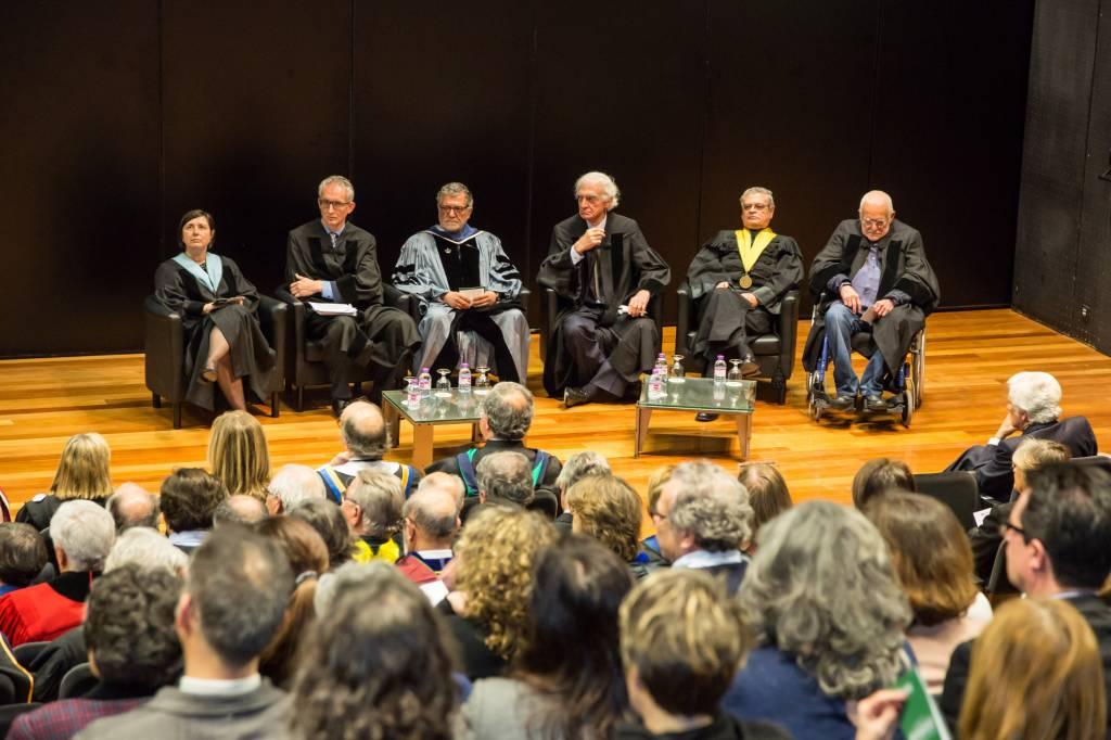 Laureados e respetivos padrinhos - Professores Maria Paula Diogo, Luís Campos e Cunha e João O'Neill