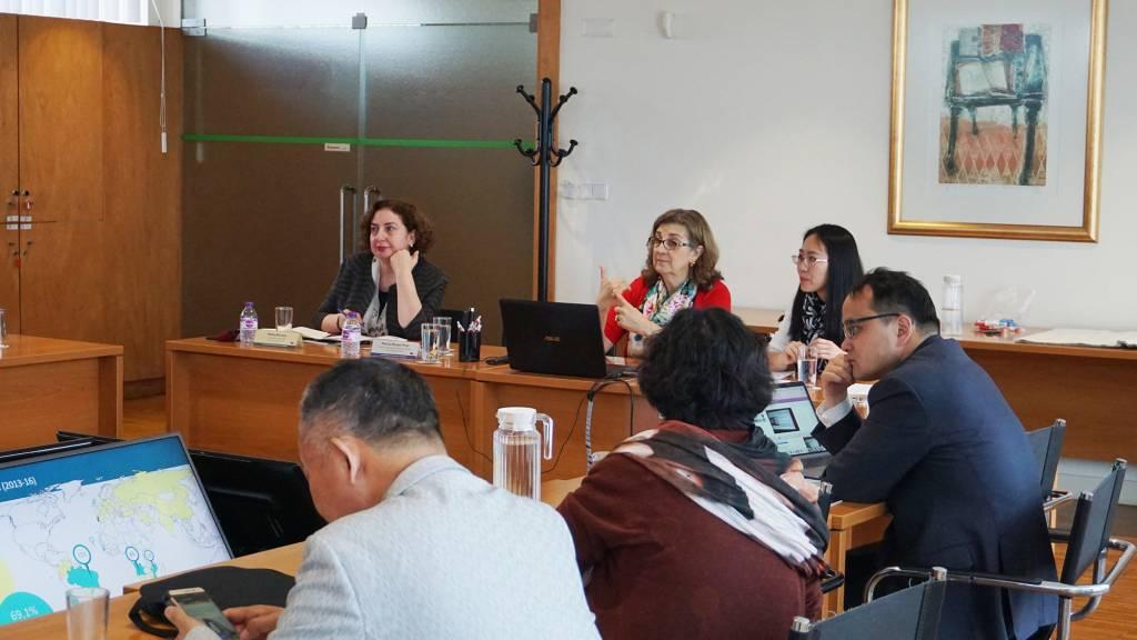 Sessão de trabalho com a Professora Patrícia Rosado Pinto, Pró-Reitora da NOVA e Coordenadora da Escola Doutoral e a Professora Meliha Altunisik, Vice-Presidente das Questões Académicas da Middle East Technical University (METU)