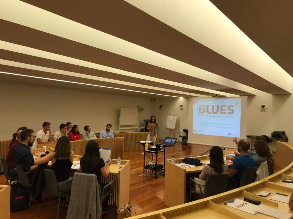 Session during the 2nd edition of BLUES