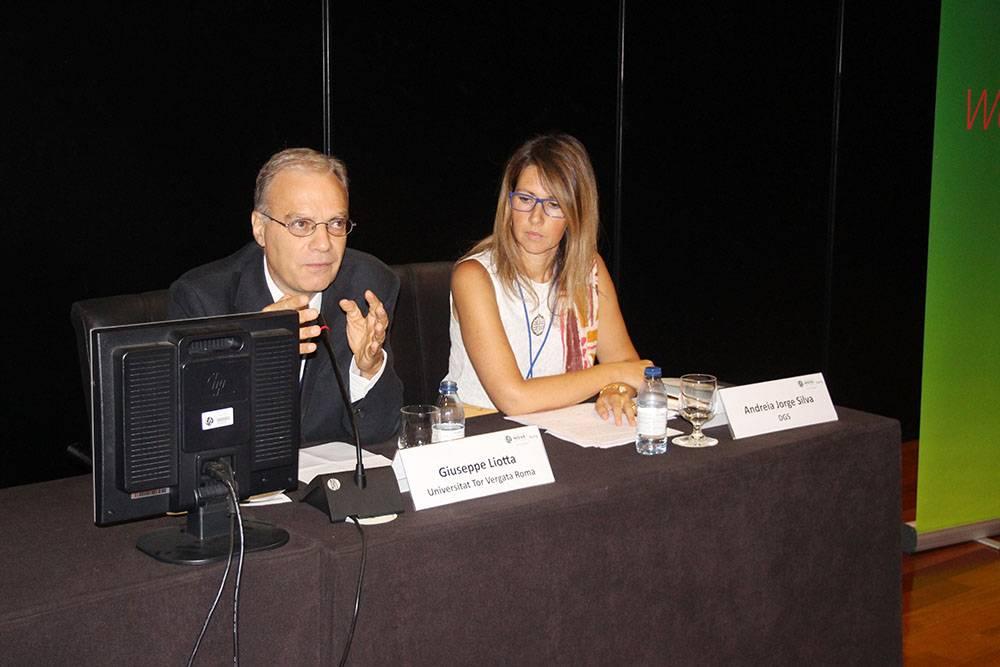 Professor Giuseppe Liotta e Andreia Jorge Silva, da DGS