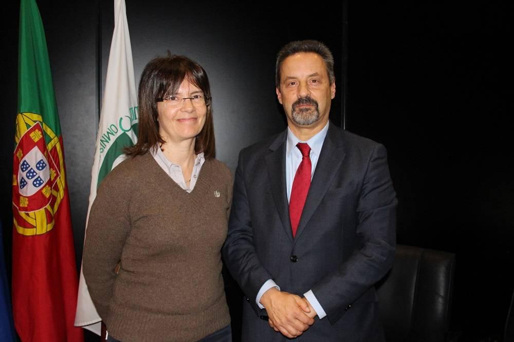 Prof.ª Cristina Costa e Prof. João Sàágua