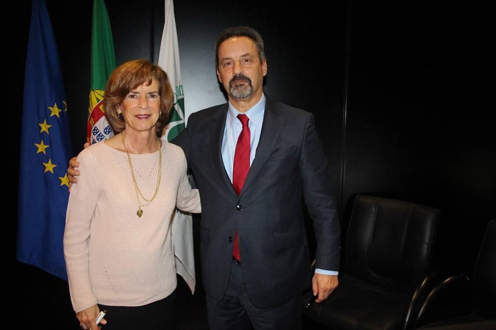 Prof.ª Maria Arménia Carrondo e Prof. João Sàágua