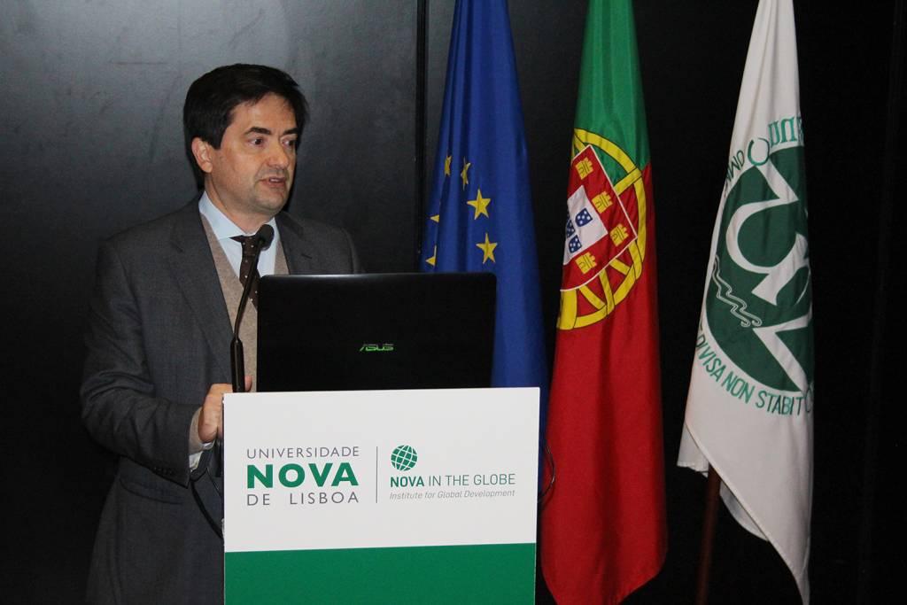 Prof. Paulo Ferrão, Presidente of the Board of Directors of the Fundação para a Ciência e a Tecnologia