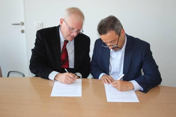 Assinatura de Memorando de Entendimento entre a Lancaster University e a NOVA