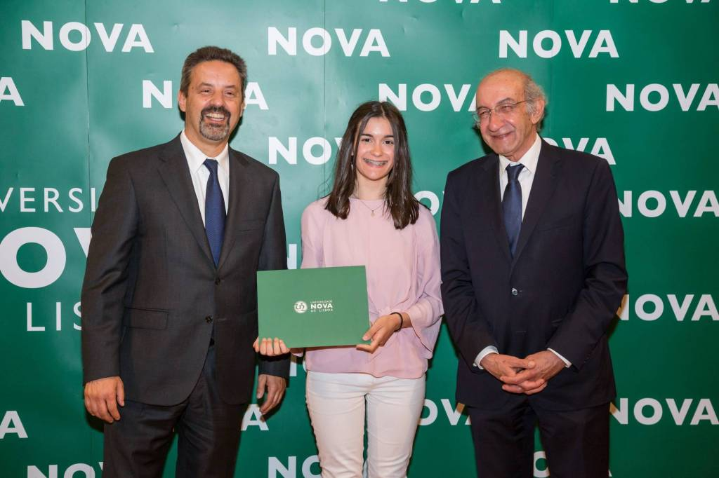 Rector of NOVA; Rita Anastácio (best student of Applied Chemistry) and Dean of FCT NOVA