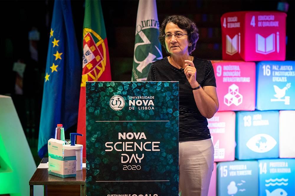 Júlia Seixas - FCT NOVA