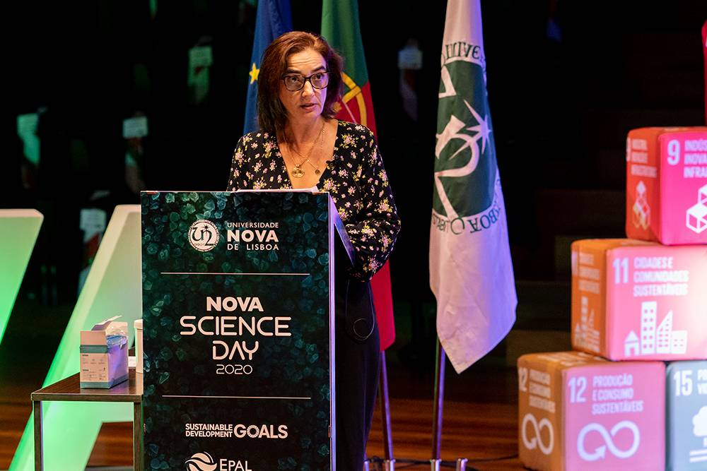 Elvira Fortunato - Vice-Reitora para a Investigação