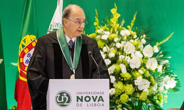 Aga Khan na cerimónia de atribuição do título de Doutor Honoris Causa pela UNL